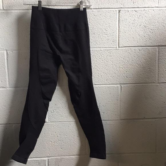 lululemon athletica Pants - Lululemon black legging, sz 4, 58890